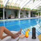 Amazon Echo Akkustation Smatree AE90009000mAh am Pool