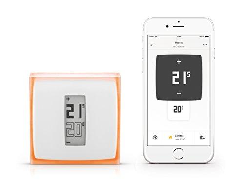 Netatmo Thermostat neben Smartphone