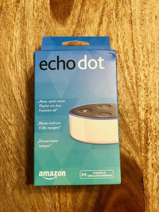 Amazon Echo Dot in der Verpackung