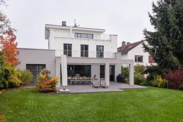 KNX-Villa Frankfurt - Ein Projekt von CASAIO smart building