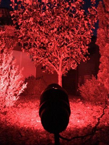 RGBW-Gartenstrahler Farbe rot