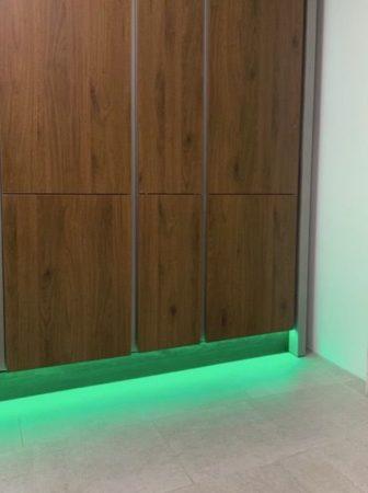 Lichtbild des RGB+CCT LED-Lichtbandes Farbe Grün