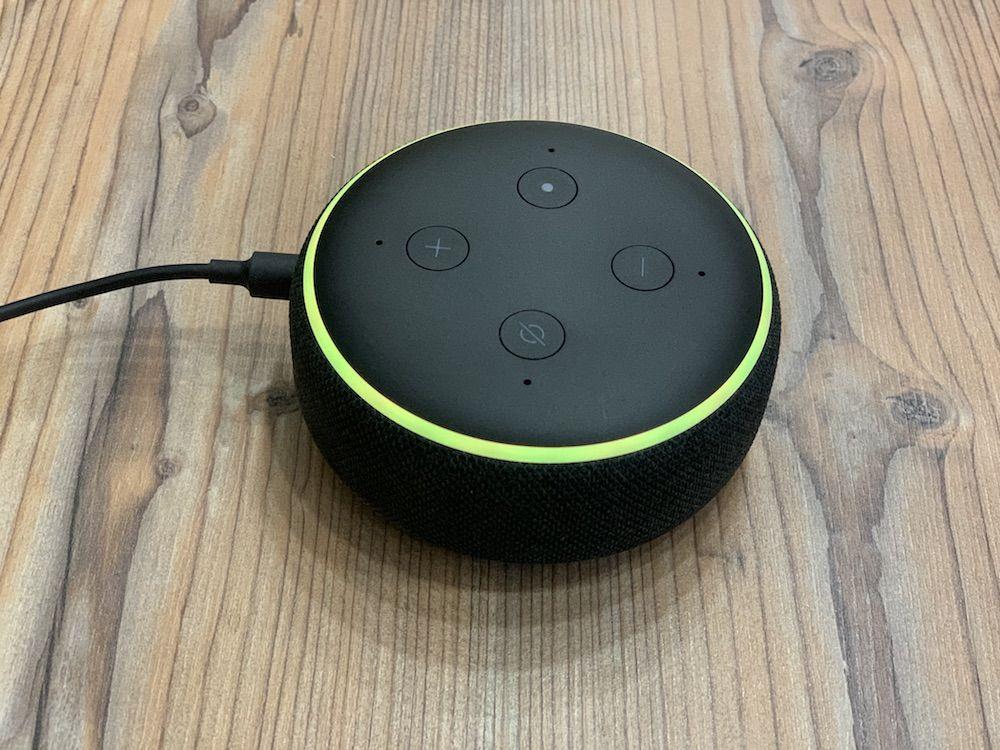 Amazon Echo Dot und Echo Dot 3 blinkt gelb - Das will Alexa dir sagen