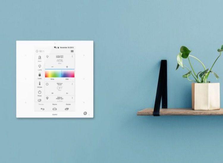 ZipaTile Smart Home Zentrale mit dem Funkstandard Z-Wave und ZigBee